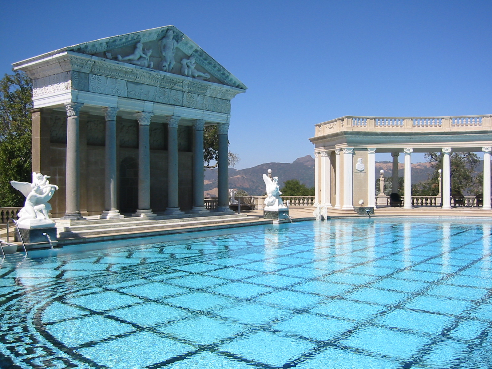 MOST EXPENSIVE HOUSES   TOP 10 MOST EXPENSIVE HOMES IN THE WORLD Hearst Castle   04